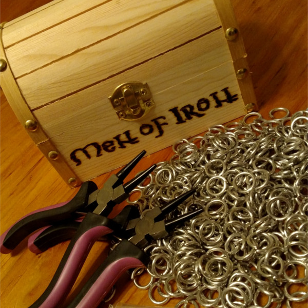 Men of Iron Chain Mail Kit Photo